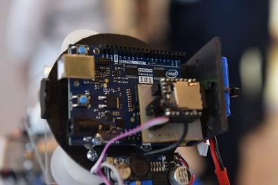 Корпорация Intel представила в России новую плату для прототипирования Genuino 101